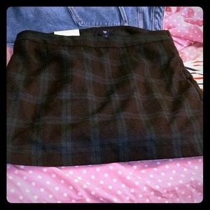 Green and black plaid mini skirt